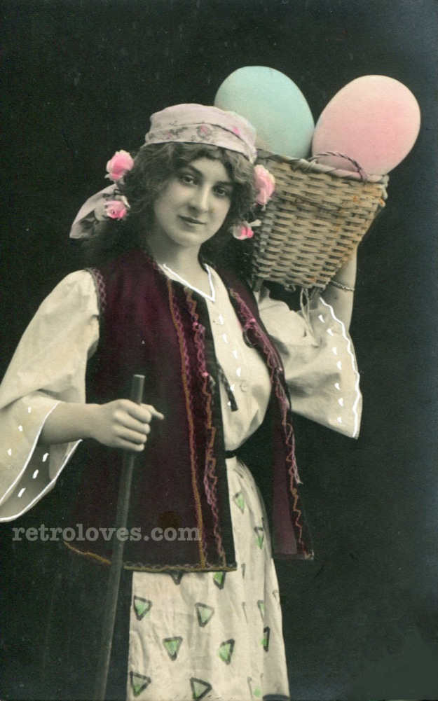 vintage-photography-gypsy-basket