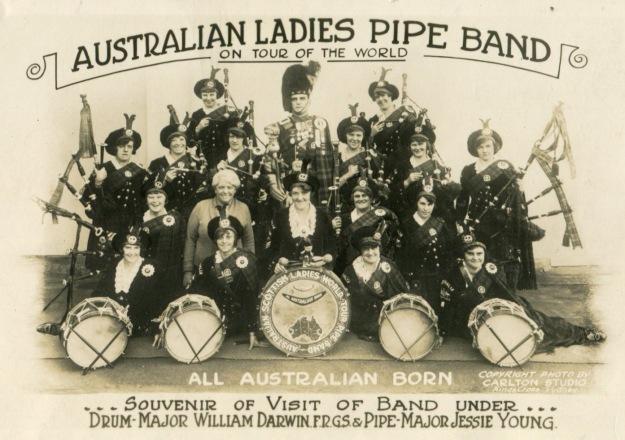 1920s-pipeband-womens00